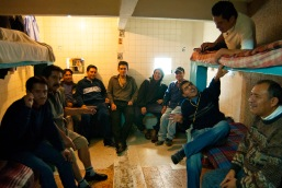 Fundacion Renace, ong de apoio a dependentes quimicos em situação de rua, Plaza Garibaldi, DF, México, 2007.