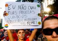 """Movimento """"Não Vai Ter Golpe"""", Av. Paulista, SP, 2016."""