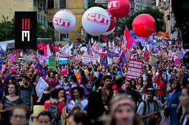 """Milhares de mulheres saem em protesto no 8 de Março contra os retrocessos sociais do governo golpista. Movimentos sociais em peso exigem a saída de Michel Temer e seu """"machistério"""""""