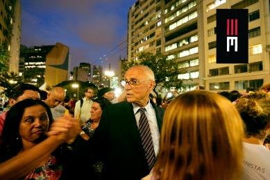Senador Eduardo Suplicy participa da manifestação feminista do 8 de Março. Todo político é igual...Exceto os diferentes.
