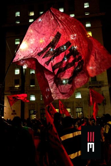Milhares de mulheres saem em protesto no 8 de Março contra os retrocessos sociais do governo golpista. Movimentos sociais e ativistas independentes terminam passeata em frente à prefeitura lançando gritos de ordem contra a administração Dória Jr.